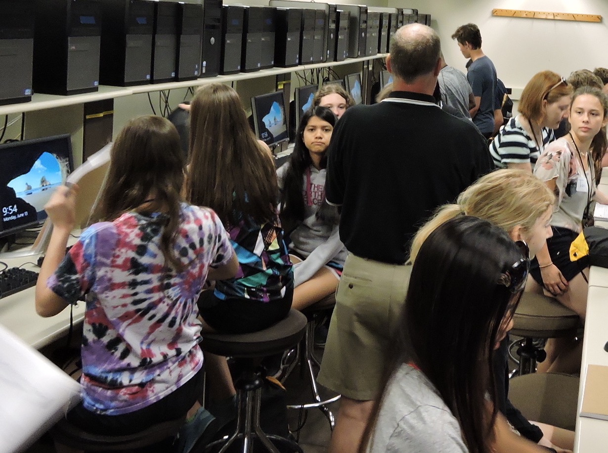 High school students participate in the 2016 Cybersecurity Camp