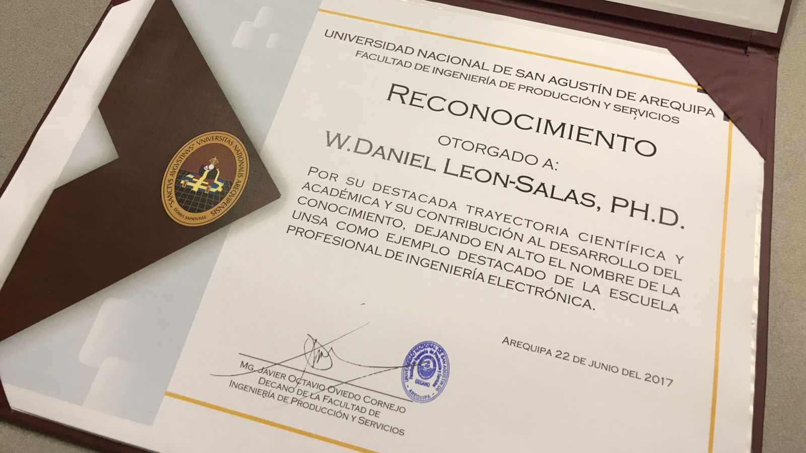 UNSA's certificate of recognition for Daniel Leon-Salas