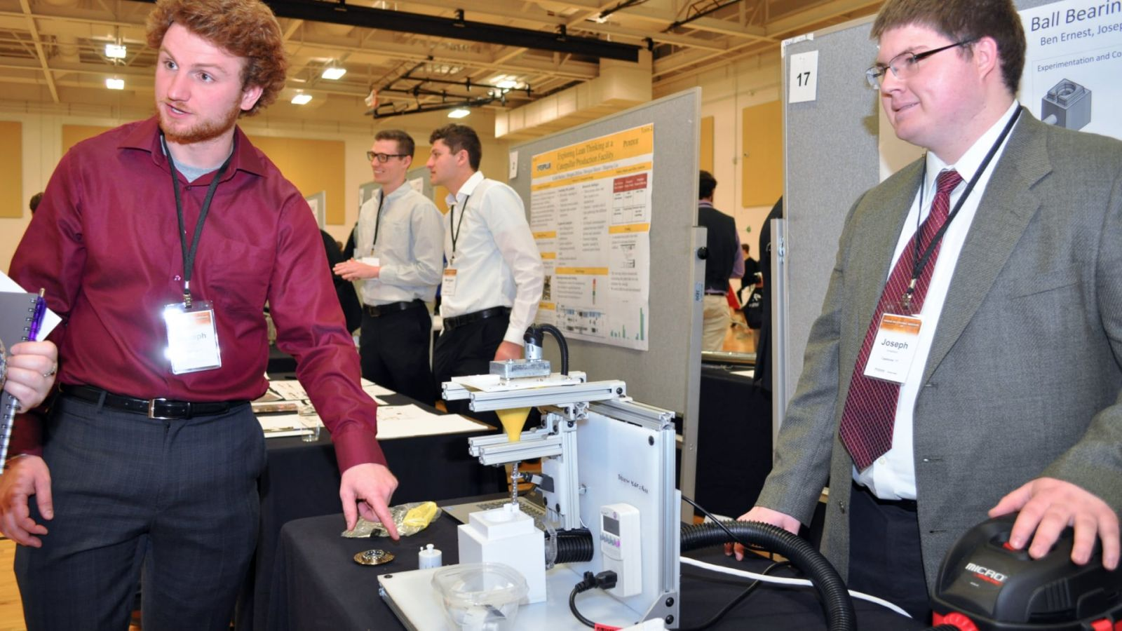 A student team describes their senior capstone project at the 2018 Purdue Polytechnic Tech Expo
